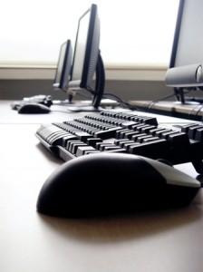 استخدام التقنية في الأعمال