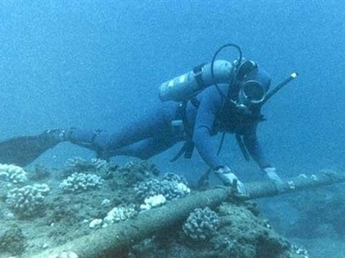 قطع الكابل البحري